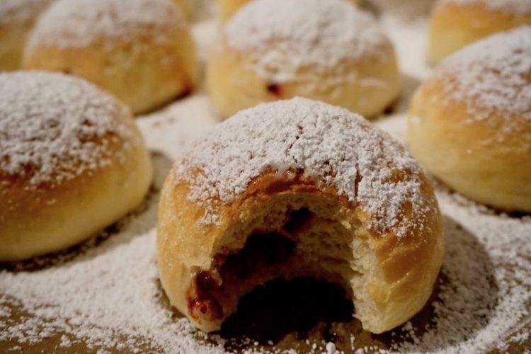 Gebackene Krapfen, Kreppel, Berliner, Doughnuts