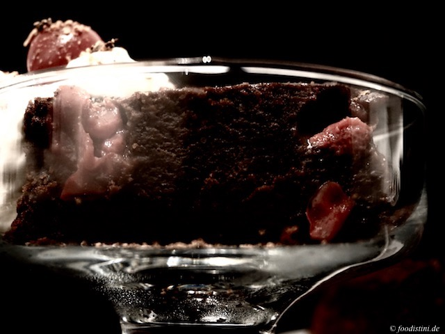 Foodistini Schokoladen Kirsch Kuchen