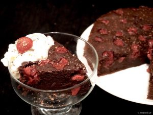 Foodisitni Schokoladen Kirsch Kuchen