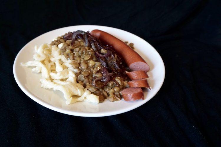 Foodistini Rezept für Linsen und Spätzle und Saitenwürschtle