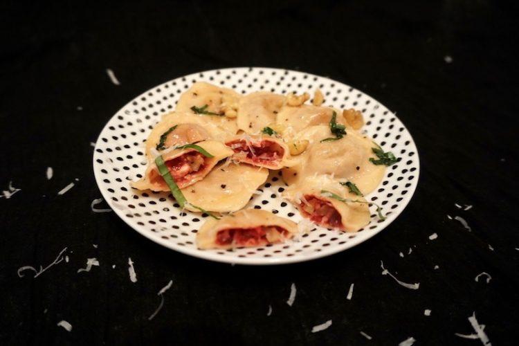 Foodistini Rezept Ravioli gefüllt mit Roter Beete, Feta, Walnuss